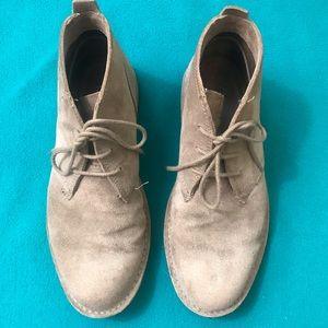 Lands End Chukka Boots Size 10